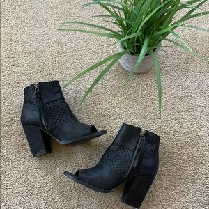 Size 7 booties!